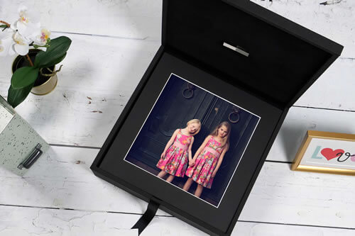 Premium Colours 13x13 XL Folio Box with USB