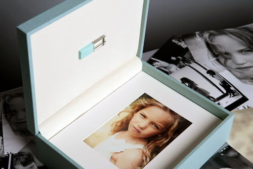 Premium Colors 8x10 XL Folio Box with USB