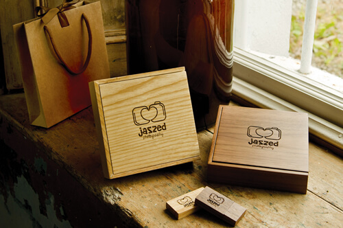 Premium Walnut And Oak USB Presentation Boxes With Kraft Bag